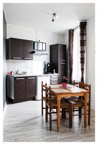 Zen cottage : Guest accommodation near Brest