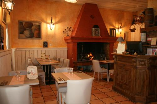Le Relais de la Calèche : Hotel near Évenos