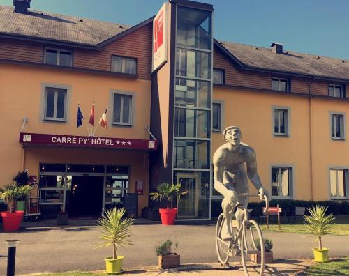Carré Py' Hôtel : Hotel near Campan