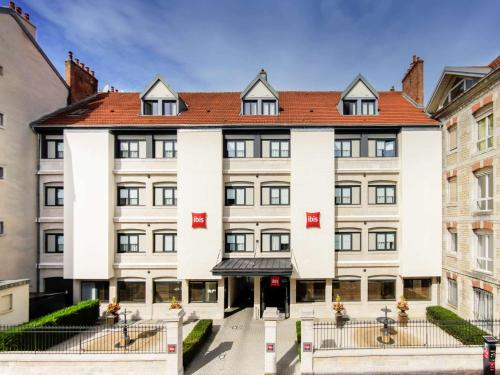 ibis Besançon Centre Ville : Hotel near Malbrans