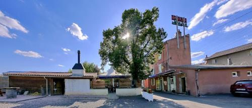 auberge le petit mas : Hotel near La Sauvetat