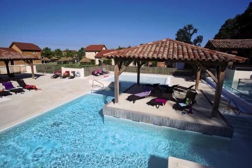 Belambra Clubs Alvignac-Rocamadour - Les Portes De Dordogne : Guest accommodation near Miers