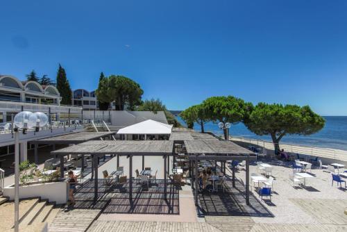Belambra Clubs Balaruc-les-Bains - Les Rives De Thau : Guest accommodation near Loupian