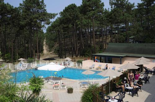 Club Belambra Les Cavales : Guest accommodation near Carcans