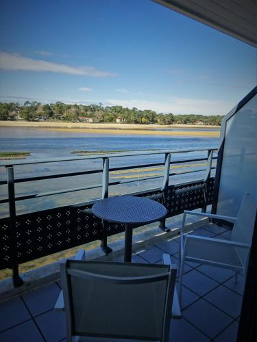 Hotel Le Pavillon Bleu : Hotel near Soorts-Hossegor