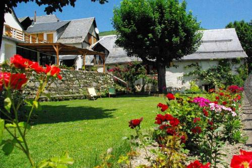 Gite Auberge La Soulan : Guest accommodation near Poubeau