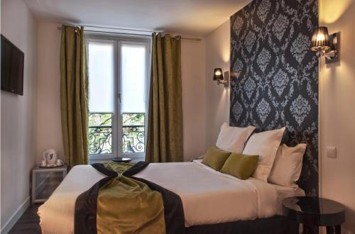 Hotel B Square : Hotel near Paris 17e Arrondissement