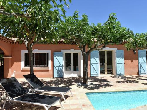 Luxury Loft With Pool Near Sainte Maxime : Guest accommodation near Trans-en-Provence