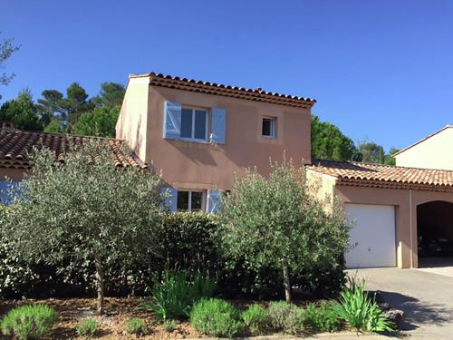 Holiday Home Villa Le Jardin 28 : Guest accommodation near Plan-d'Aups-Sainte-Baume
