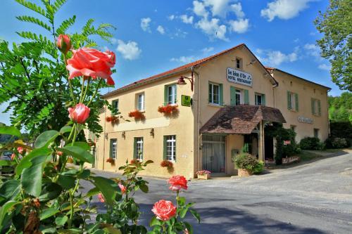 Le Lion d'Or : Hotel near Creyssensac-et-Pissot