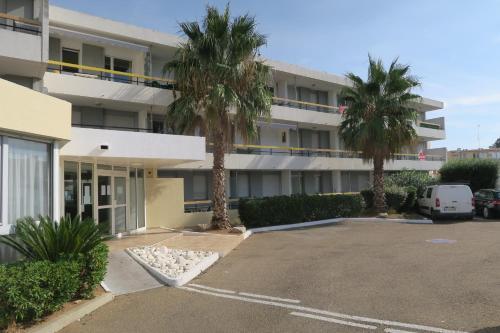 Studios 4 couchages situation ideale : centre-ville et proche mer : Apartment near Le Grau-du-Roi