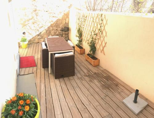 Appartement Terrasse Joliette & Vieux-port : Apartment near Marseille 3e Arrondissement