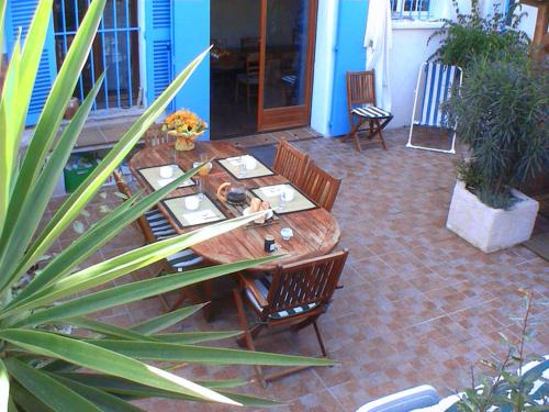 Les Chambres de Solliès : Guest accommodation near Pierrefeu-du-Var