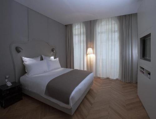 Nell Hotel & Suites : Hotel near Paris 9e Arrondissement