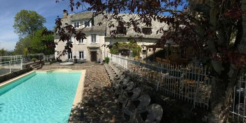 Le clos de Banes : Bed and Breakfast near Anterrieux