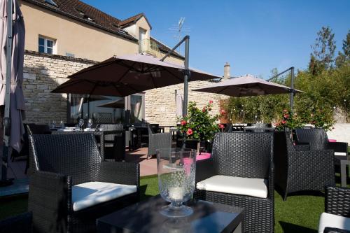 Le Chevreuil : Hotel near Jours-en-Vaux