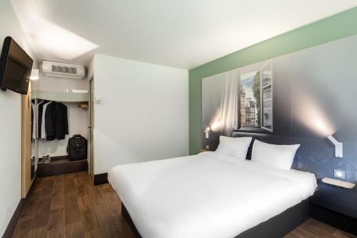 B&B Hôtel corbeil-essonnes : Hotel near Saintry-sur-Seine