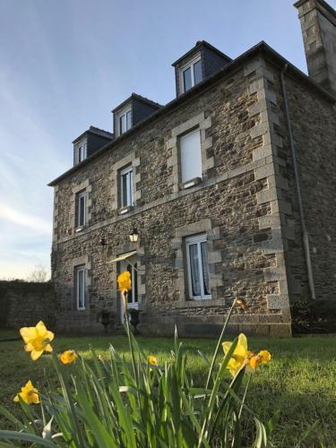 Chambres d'Hotes Le Manoir de la Salmonière : Guest accommodation near Hirel