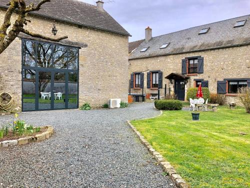 L'ESCALE DES HIRONDELLES : Guest accommodation near Arrancourt