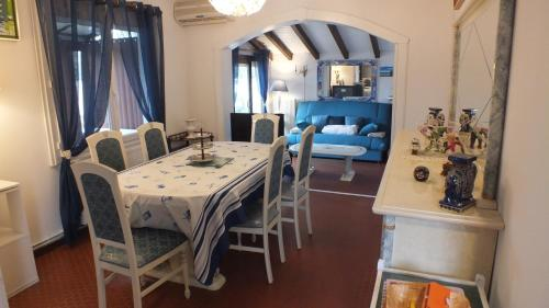 Holiday Home Filie : Guest accommodation near Lanton
