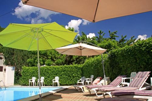 Les Marronniers : Hotel near Saint-Laurent-les-Bains