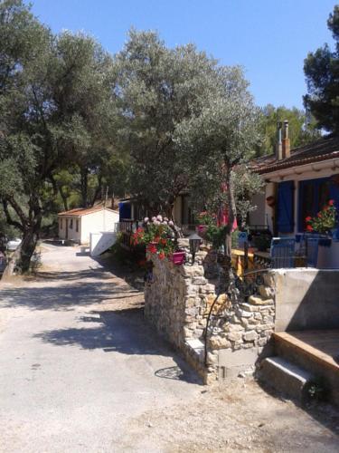 Cabanon Calanque Marseille : Apartment near Le Rove
