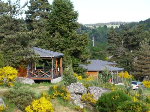 lac de ganivet : Guest accommodation near Estables