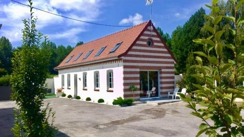 Gite Des Cagniers : Guest accommodation near Dennebrœucq