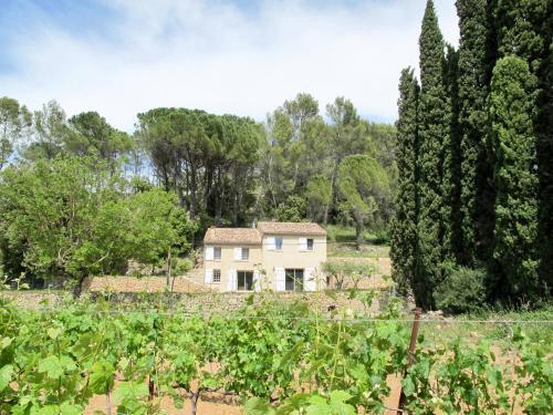 Ferienhaus Carces 150S : Guest accommodation near Vins-sur-Caramy