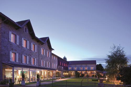 le fort du pre : Hotel near Saint-Julien-Vocance