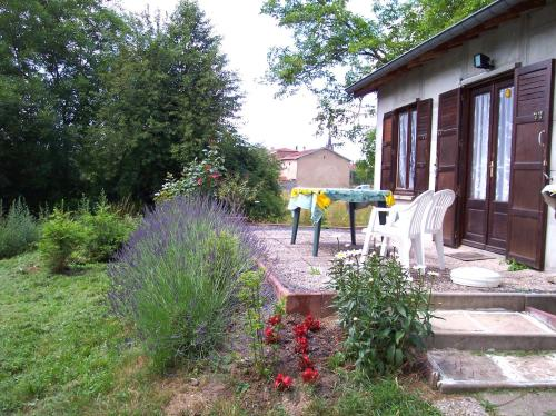 Holiday home Rue du Clairbois : Guest accommodation near Luvigny