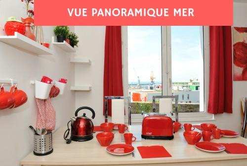 Appart Brest City 1 (vue mer) : Apartment near Brest