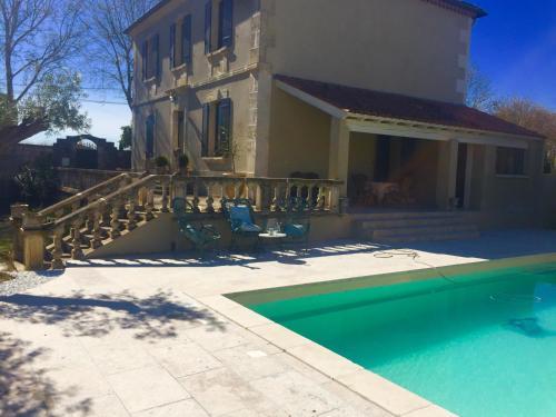 maison bourgeoise : Guest accommodation near Saint-Étienne-du-Grès