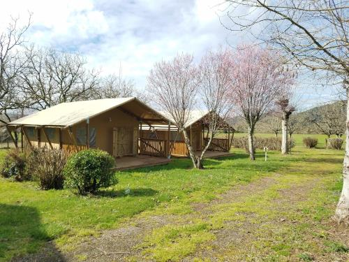 Camping Le Mondou : Guest accommodation near Cazoulès
