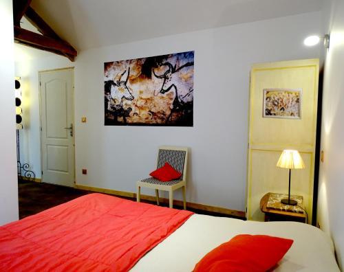 Chambre Lascaux aux Meulieres a Domme : Bed and Breakfast near Cénac-et-Saint-Julien