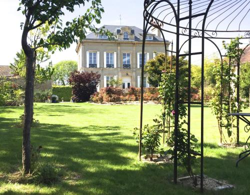 Le Vivier : Bed and Breakfast near Hermanville-sur-Mer