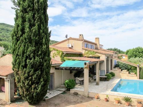 Ferienhaus mit Pool Gonfaron 100S : Guest accommodation near Carnoules