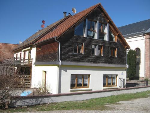 Gite Au Petit bonheur : Guest accommodation near Soultzeren