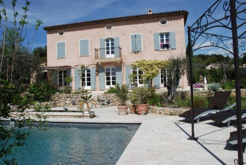 Bastide Saint-Joseph : Guest accommodation near Le Rouret