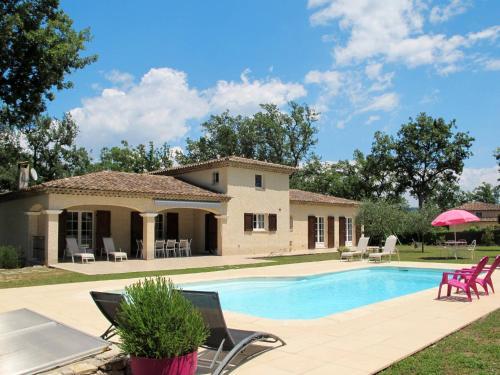 Ferienhaus mit Pool Callian 130S : Guest accommodation near Montauroux