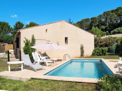 Ferienhaus mit Pool La Motte 100S : Guest accommodation near La Motte
