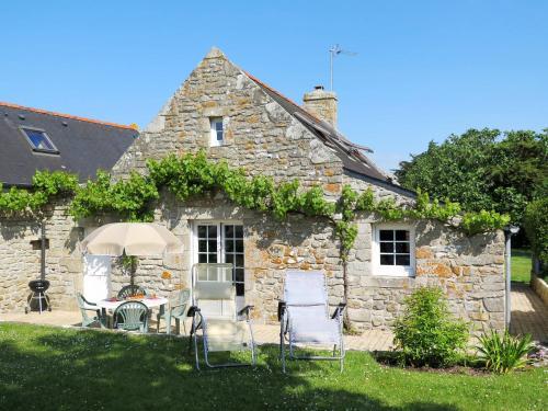Ferienhaus Loctudy 102S : Guest accommodation near Plobannalec-Lesconil