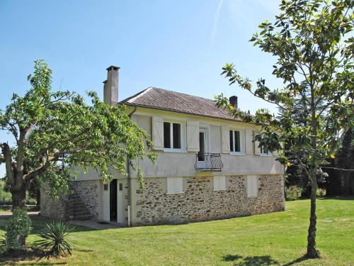 Ferienhaus Beaulieu-sur-Dordogne 200S : Guest accommodation near Bretenoux