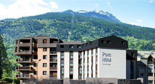 Soleil Vacances Parc Hôtel Résidence : Hotel near Briançon