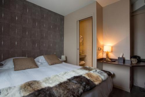 Auberge Flora : Hotel near Paris 11e Arrondissement