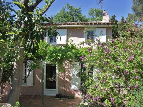 Maison De Vacances - Six-Fours-Les-Plages 1 : Guest accommodation near Ollioules