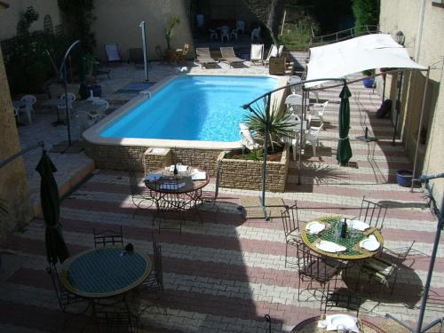 La Bastide d'Entraigues : Hotel near Vedène