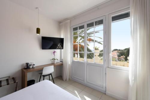 Hôtel Les Voiles : Hotel near Saint-Mandrier-sur-Mer