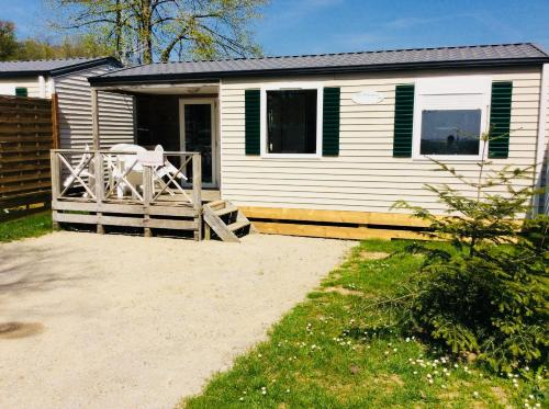 Camping de Contrexeville : Guest accommodation near Villotte