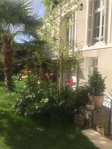 Le Clos Saint-Etienne : Bed and Breakfast near Chinon